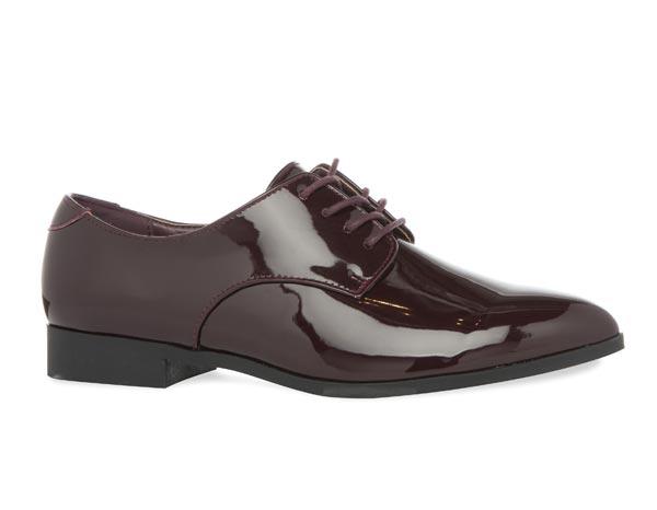 Zapatos: 15 euros