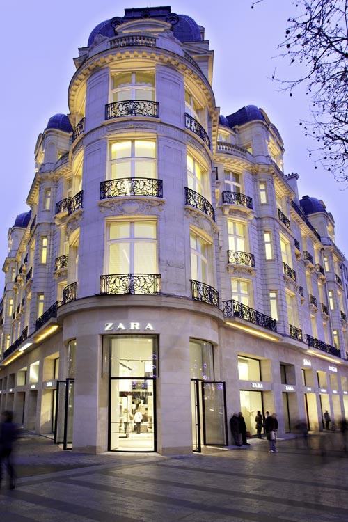 Zara en los campos Elíseos de París