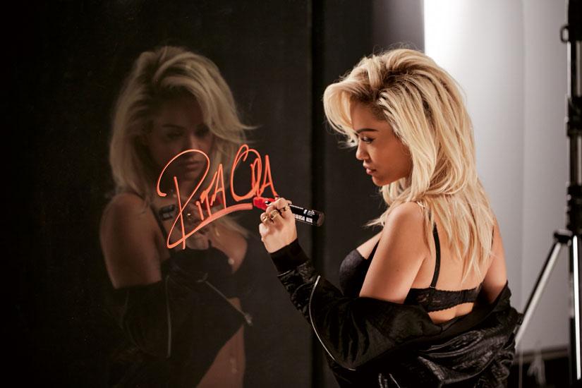 Rita ora la nueva imagen de tezenis moda en calle - Ropa interior tezenis ...